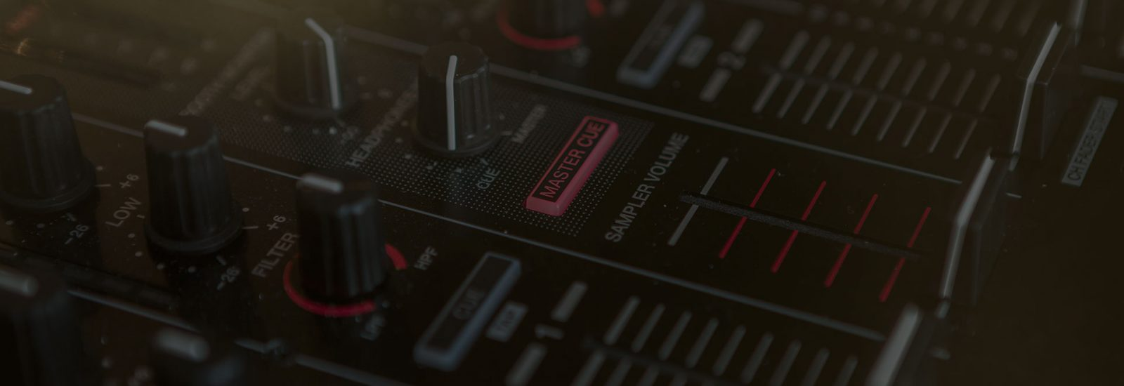 studio-bg_03